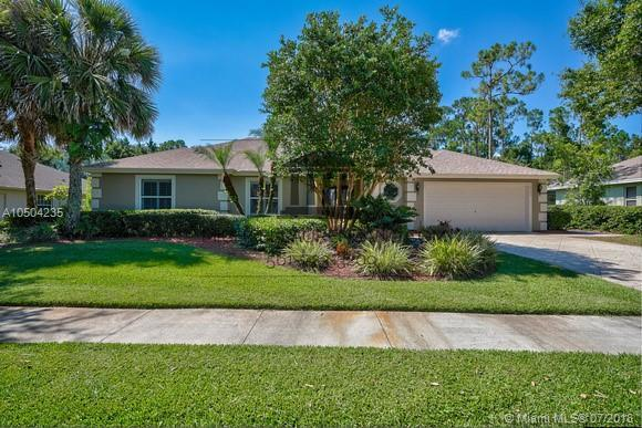 8153 SW Yachtsmans, Stuart, FL 34997 (MLS #A10504235) :: The Teri Arbogast Team at Keller Williams Partners SW