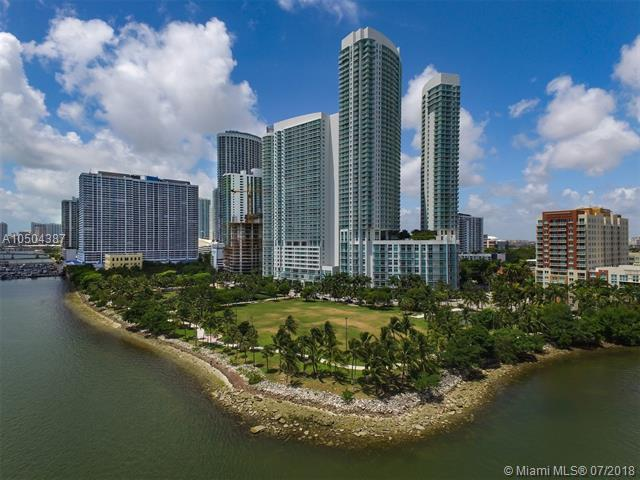 1900 N Bayshore Dr #3616, Miami, FL 33132 (MLS #A10504387) :: The Teri Arbogast Team at Keller Williams Partners SW