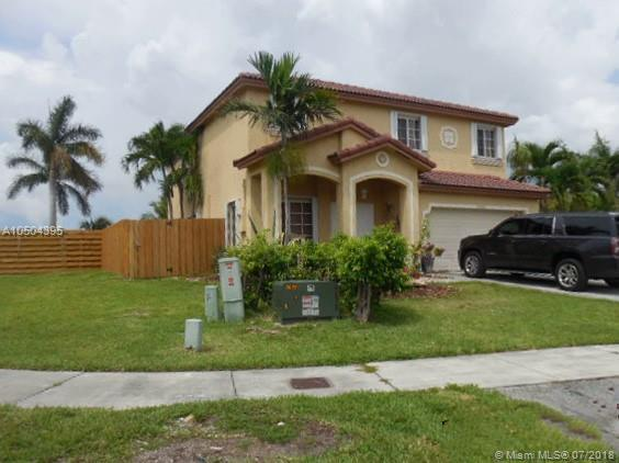 21304 SW 88th Ct, Cutler Bay, FL 33189 (MLS #A10504395) :: The Riley Smith Group