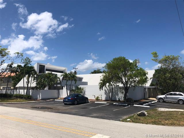 1951 NE 51, Fort Lauderdale, FL 33308 (MLS #A10504423) :: The Teri Arbogast Team at Keller Williams Partners SW