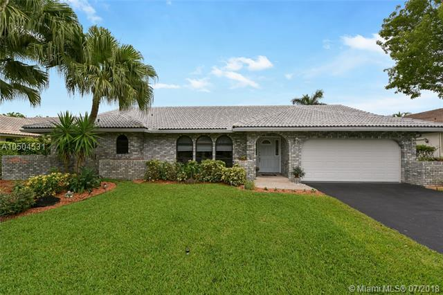 10999 NW 13th Ct, Coral Springs, FL 33071 (MLS #A10504531) :: The Riley Smith Group