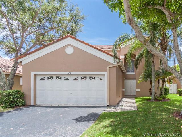 625 Stanton Ln, Weston, FL 33326 (MLS #A10504547) :: The Teri Arbogast Team at Keller Williams Partners SW