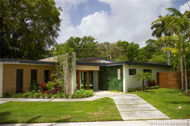 161 South Shore Drive, Miami, FL 33133 (MLS #A10504599) :: The Riley Smith Group