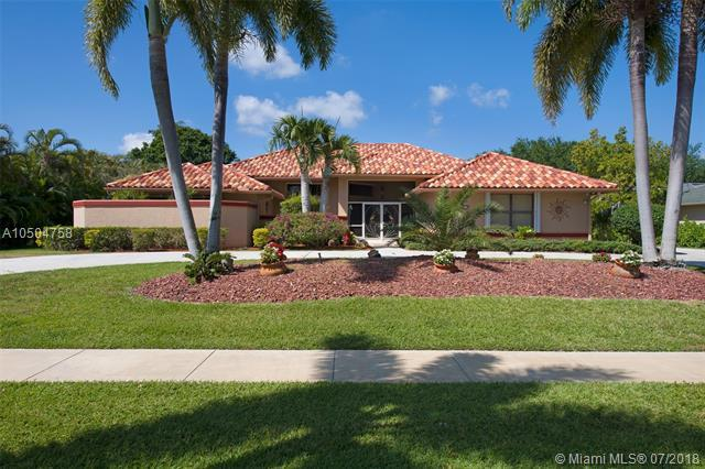 15415 Meadow Wood Drive, Wellington, FL 33414 (MLS #A10504758) :: The Riley Smith Group