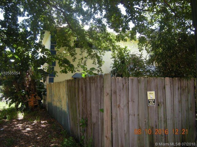 608 NE 29th Dr, Wilton Manors, FL 33334 (MLS #A10505054) :: The Riley Smith Group