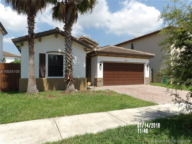 23142 SW 104th Ct, Cutler Bay, FL 33190 (MLS #A10505105) :: The Riley Smith Group