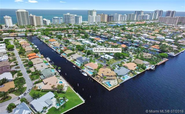 19 Fort Royal Is, Fort Lauderdale, FL 33308 (MLS #A10505277) :: The Chenore Real Estate Group