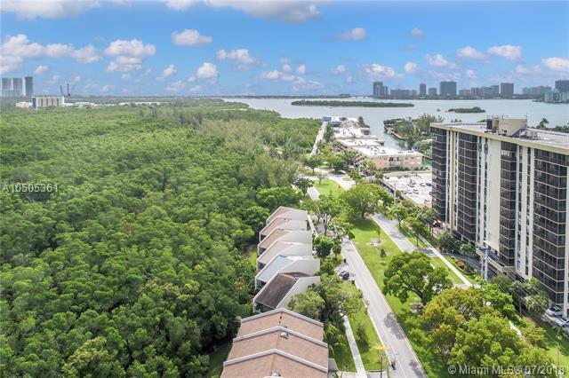2541 NE 135th St #2541, North Miami, FL 33181 (MLS #A10505361) :: Hergenrother Realty Group Miami