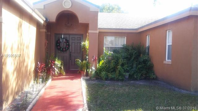 5216 NW 94th Ter, Sunrise, FL 33351 (MLS #A10505507) :: The Riley Smith Group
