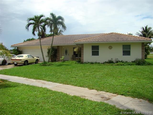 22379 General St, Boca Raton, FL 33428 (MLS #A10505510) :: Green Realty Properties