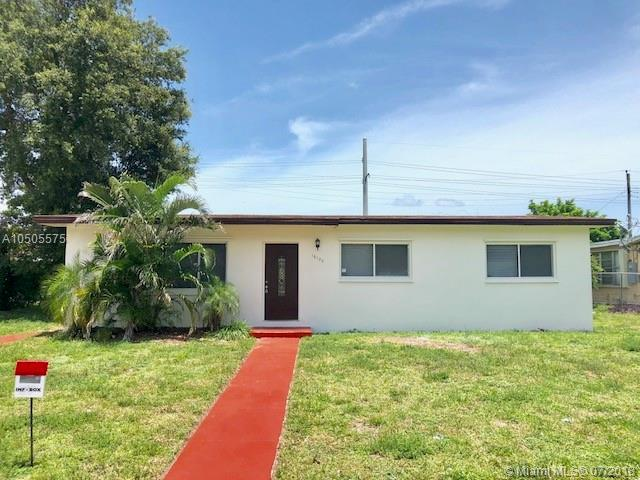 18105 NW 7th Ct, Miami Gardens, FL 33169 (MLS #A10505575) :: The Riley Smith Group