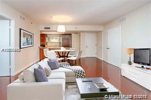 17201 Collins Ave #3703, Sunny Isles Beach, FL 33160 (MLS #A10505580) :: RE/MAX Presidential Real Estate Group