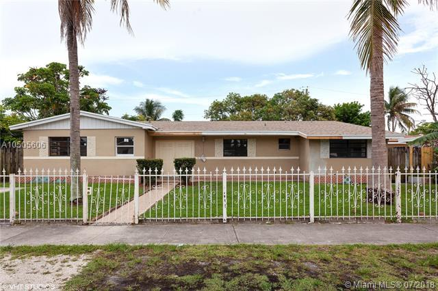 220 NE 175th Ter, North Miami Beach, FL 33162 (MLS #A10505606) :: Hergenrother Realty Group Miami
