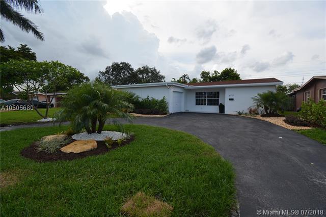 6737 Camelia Drive, Miramar, FL 33023 (MLS #A10505680) :: The Riley Smith Group