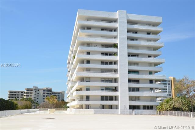 199 Ocean Lane Dr #201, Key Biscayne, FL 33149 (MLS #A10505694) :: Carole Smith Real Estate Team