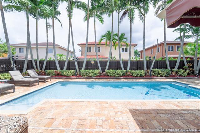 15797 SW 147th Ln, Miami, FL 33196 (MLS #A10505724) :: The Riley Smith Group