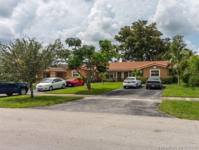 11280 NW 39th St, Coral Springs, FL 33065 (MLS #A10505782) :: Green Realty Properties