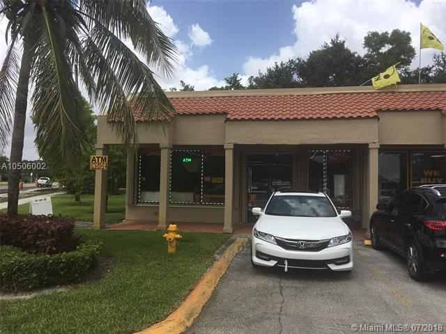 7601 Davie Road Ext, Davie, FL 33024 (MLS #A10506002) :: RE/MAX Presidential Real Estate Group