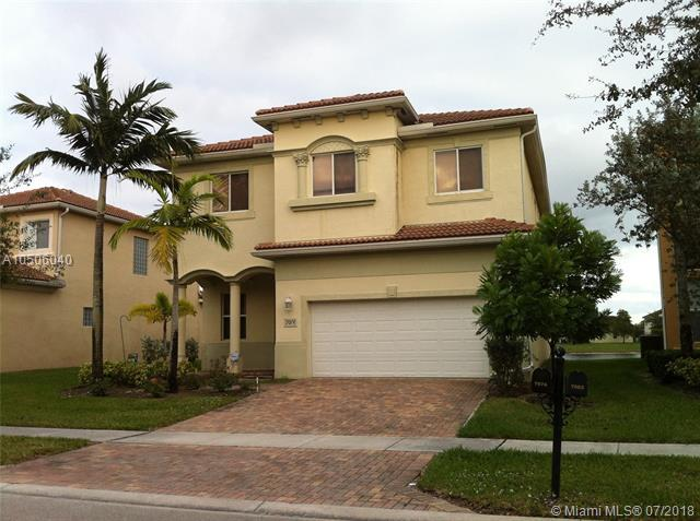7074 Aliso Ave, West Palm Beach, FL 33413 (MLS #A10506040) :: The Teri Arbogast Team at Keller Williams Partners SW