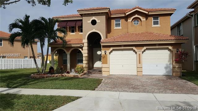 13085 SW 53rd St, Miramar, FL 33027 (MLS #A10506207) :: The Chenore Real Estate Group