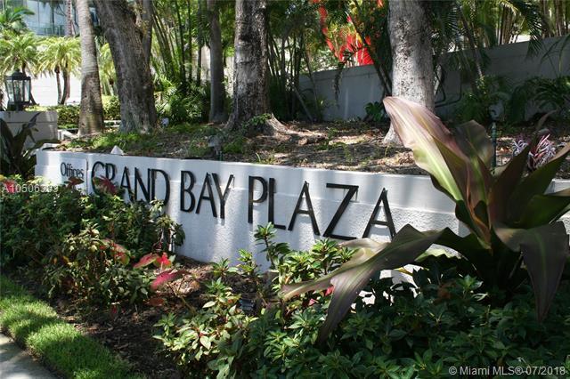 2665 S Bayshore Dr, Miami, FL 33133 (MLS #A10506303) :: Prestige Realty Group