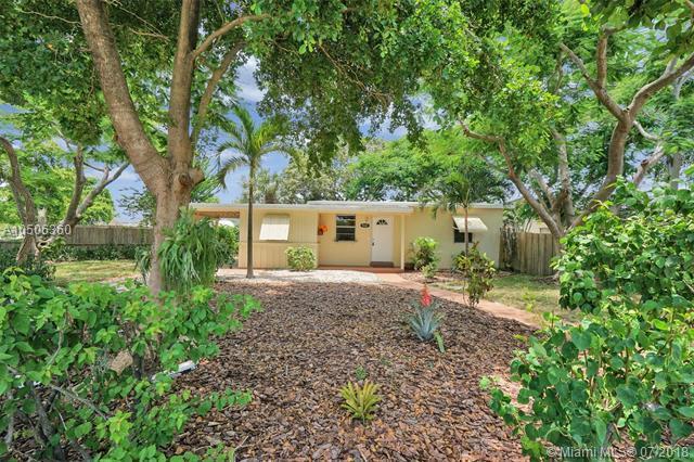 5161 NE 17th Ave, Pompano Beach, FL 33064 (MLS #A10506360) :: Green Realty Properties