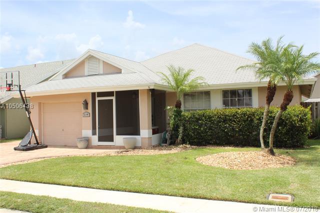 12241 NW 30th Mnr, Sunrise, FL 33323 (MLS #A10506438) :: Green Realty Properties
