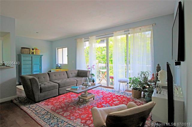 50 Ocean Lane Dr #103, Key Biscayne, FL 33149 (MLS #A10506440) :: Carole Smith Real Estate Team