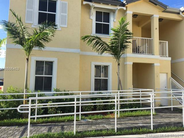 112 SE 28th Ter, Homestead, FL 33033 (MLS #A10506453) :: The Riley Smith Group