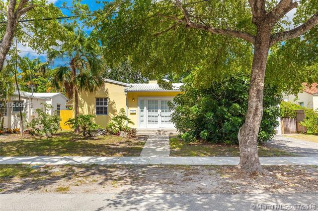 419 NE 16th Ave, Fort Lauderdale, FL 33301 (MLS #A10506512) :: The Chenore Real Estate Group