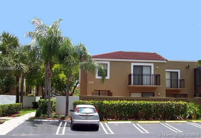 10515 SW 154 CT #1, Miami, FL 33196 (MLS #A10506513) :: RE/MAX Presidential Real Estate Group
