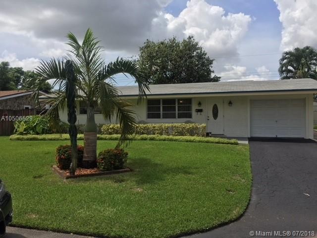 7790 NW 15th St, Pembroke Pines, FL 33024 (MLS #A10506529) :: The Riley Smith Group