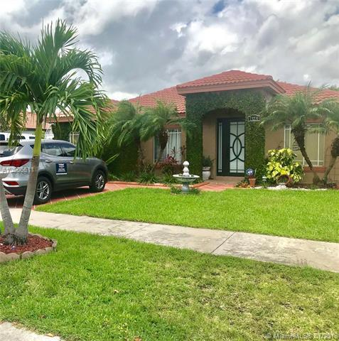 13231 Sw 251 Ln, Homestead, FL 33032 (MLS #A10506611) :: The Riley Smith Group