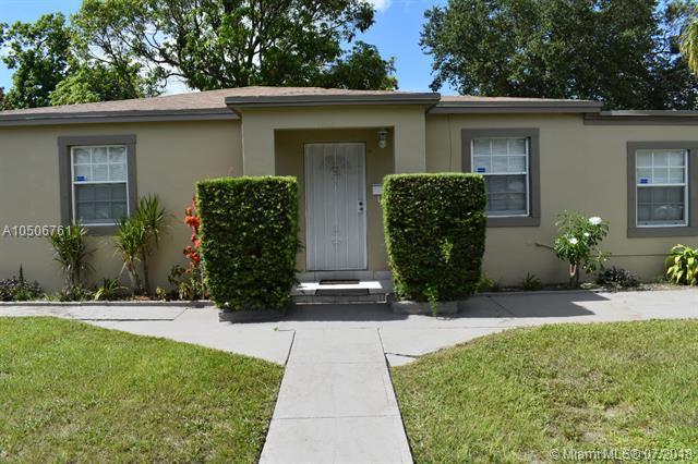 1030 NE 139th St, North Miami, FL 33161 (MLS #A10506761) :: Green Realty Properties