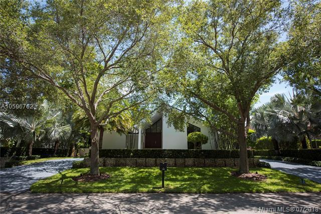 350 Costanera Rd, Coral Gables, FL 33143 (MLS #A10506762) :: Prestige Realty Group