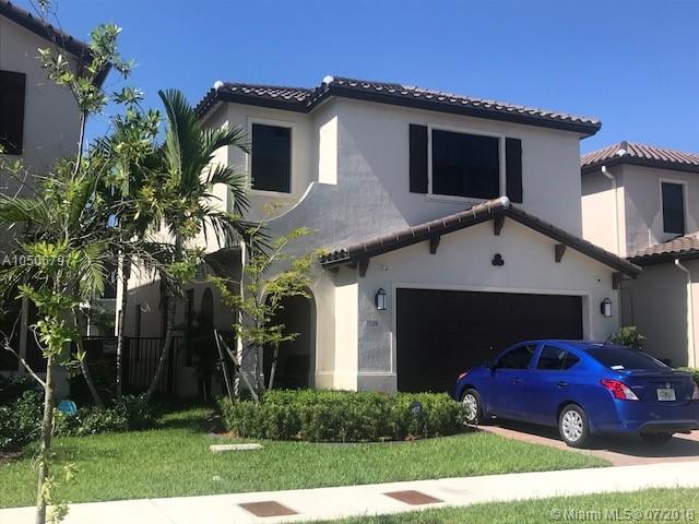 3524 W 97 Street, Hialeah, FL 33018 (MLS #A10506797) :: The Riley Smith Group