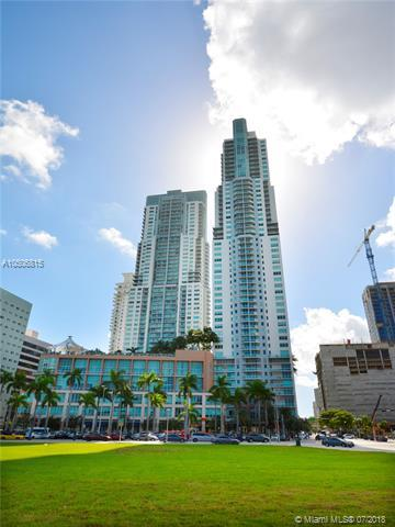 253 NE 2nd St #2407, Miami, FL 33132 (MLS #A10506815) :: The Erice Group