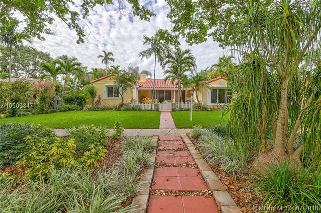 342 NE 104th St, Miami Shores, FL 33138 (MLS #A10506847) :: Hergenrother Realty Group Miami
