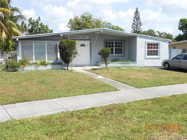 4311 NE 17th Ave, Pompano Beach, FL 33064 (MLS #A10506878) :: Hergenrother Realty Group Miami