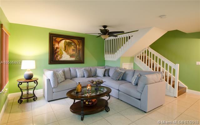 11115 W Okeechobee Rd #182, Hialeah Gardens, FL 33018 (MLS #A10506892) :: The Riley Smith Group