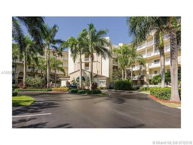 10720 NW 66th St #411, Doral, FL 33178 (MLS #A10507042) :: The Riley Smith Group