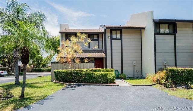 9178 SW 128th Ln, Miami, FL 33176 (MLS #A10507535) :: Green Realty Properties