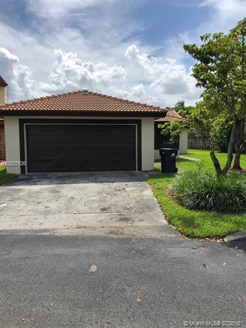 1197 SW 133rd Place Cir, Miami, FL 33184 (MLS #A10507636) :: The Teri Arbogast Team at Keller Williams Partners SW