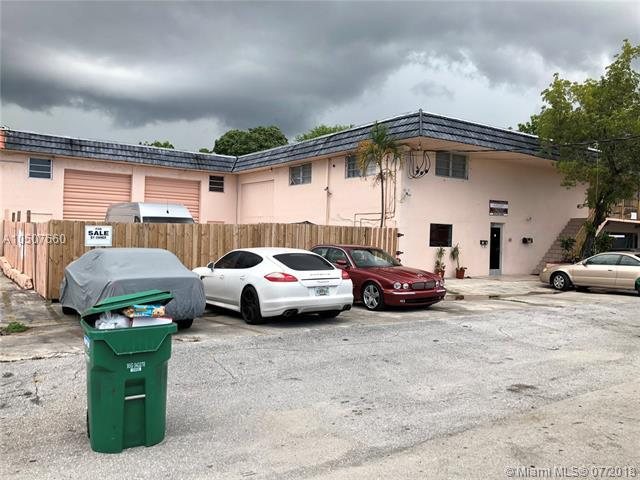 2320 SW 60th Way, Miramar, FL 33023 (MLS #A10507660) :: Green Realty Properties