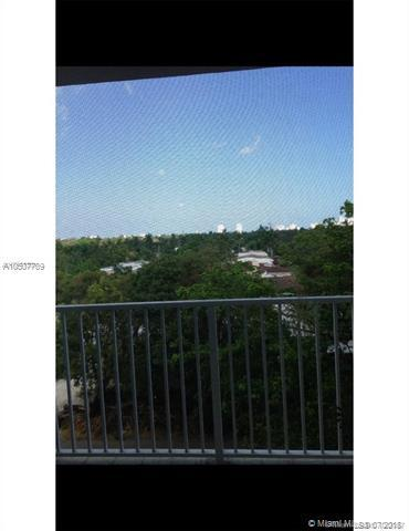 1701 Washington St #502, Hollywood, FL 33020 (MLS #A10507709) :: The Chenore Real Estate Group