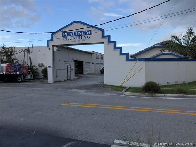 3370 NE 5th Ave, Oakland Park, FL 33334 (MLS #A10507736) :: Green Realty Properties