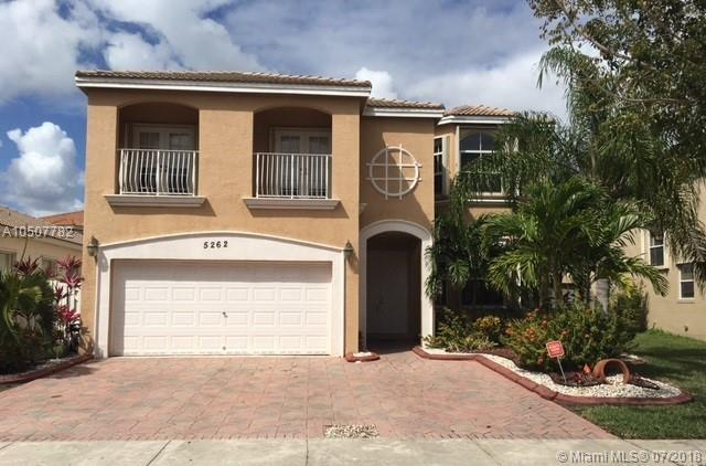 5262 SW 158th Ave, Miramar, FL 33027 (MLS #A10507782) :: The Chenore Real Estate Group