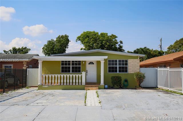 954 E 32nd St, Hialeah, FL 33013 (MLS #A10507835) :: Green Realty Properties