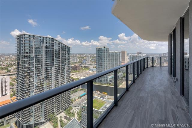 801 S Miami Avenue #4309, Miami, FL 33131 (MLS #A10507941) :: The Chenore Real Estate Group