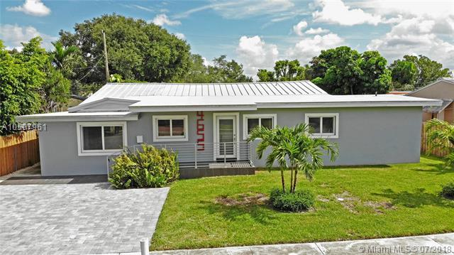 4655 SW 14th St, Miami, FL 33134 (MLS #A10507961) :: The Teri Arbogast Team at Keller Williams Partners SW